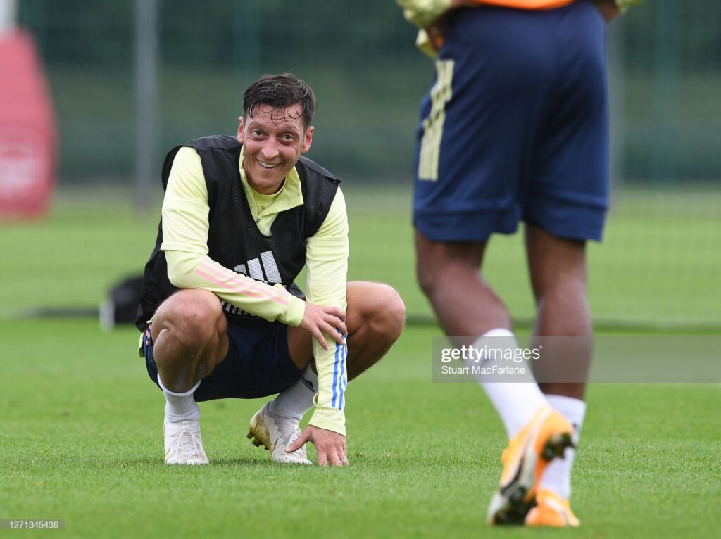 Juventus officially break silence on Ozil as Fenerbahce seal free transfer for Arsenal man 1