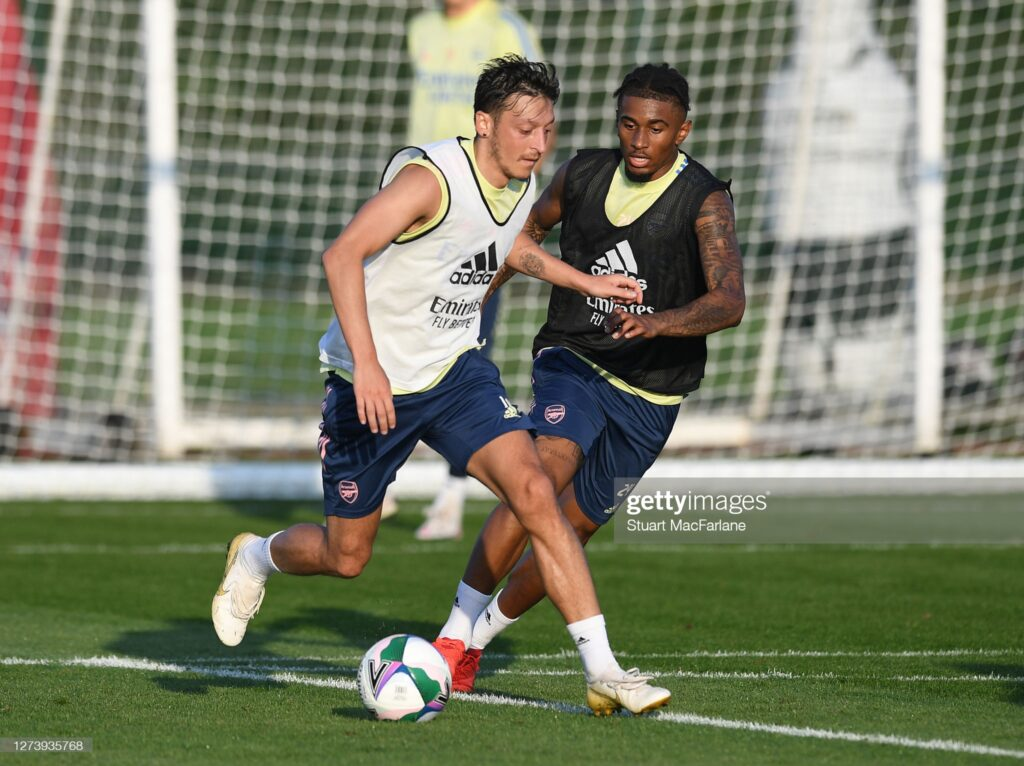 Mesut Ozil names youngster who will replace him at Arsenal 1
