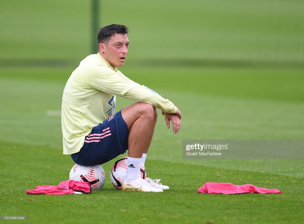 Ozil finally in talks on future after offer tips on his M10 brand 2